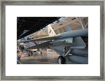 Udvar-hazy Center - Smithsonian National Air And Space Museum Annex - 121237 Framed Print by DC Photographer