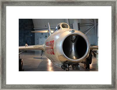 Udvar-hazy Center - Smithsonian National Air And Space Museum Annex - 121243 Framed Print by DC Photographer