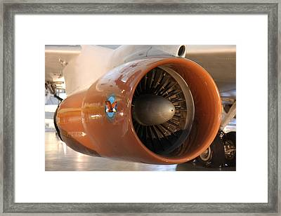 Udvar-hazy Center - Smithsonian National Air And Space Museum Annex - 121291 Framed Print by DC Photographer