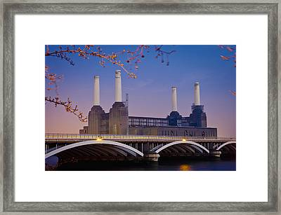 Uk, England, View Of Battersea Power Framed Print by Dosfotos