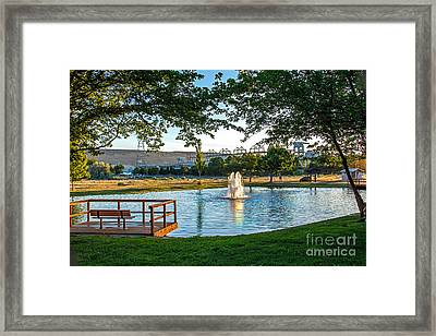 Umatilla Fountain Pond Framed Print by Robert Bales