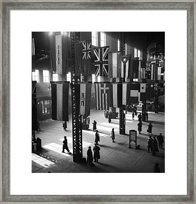 Union Station In Chicago Framed Print by Jack Delano