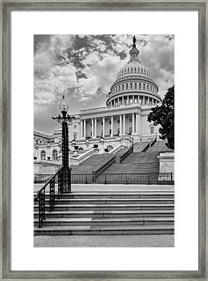 Us Capitol Building Bw Framed Print by Susan Candelario