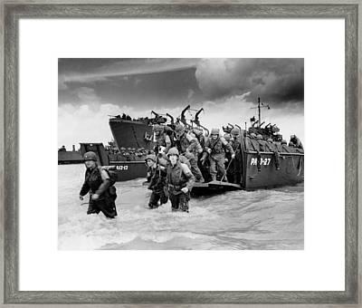 U.s. Soldiers Landing On Utah Beach Framed Print by Everett