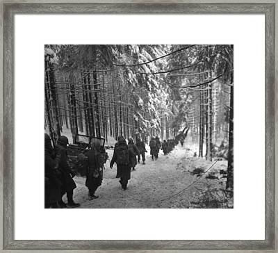U.s. Soldiers March Framed Print by Everett