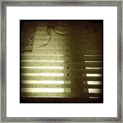 Venetian Blinds Framed Print by Les Cunliffe