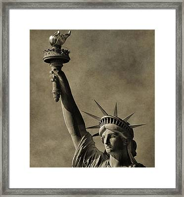 Vintage Statue Of Liberty Framed Print by Dan Sproul