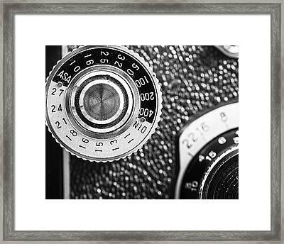 Vintage Yashica 635 Camera - Asa Dial Framed Print by Jon Woodhams