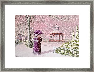 Walking In The Snow Framed Print by Peter Szumowski