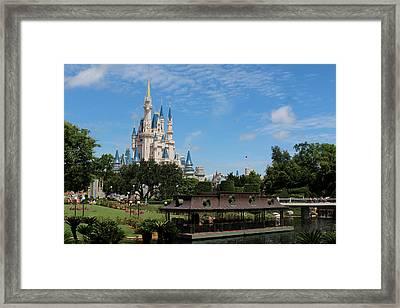 Walt Disney World Orlando Framed Print by Pixabay