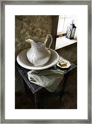 Washed Up Framed Print by Peter Chilelli