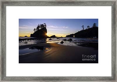 Washington Coast Evening Sunstar Tide Framed Print by Mike Reid