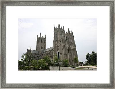 Washington National Cathedral - Washington Dc - 0113112 Framed Print by DC Photographer
