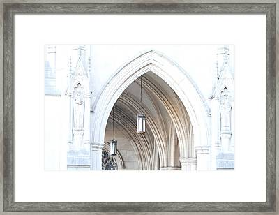 Washington National Cathedral - Washington Dc - 01138 Framed Print by DC Photographer