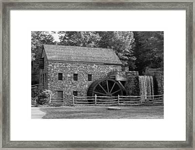 Wayside Grist Mill - Sudbury Massachusetts Framed Print by Suzanne Gaff