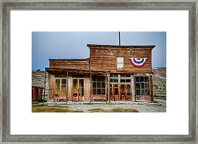Wheaton And Hollis Hotel At Blue Hour Framed Print by Cat Connor