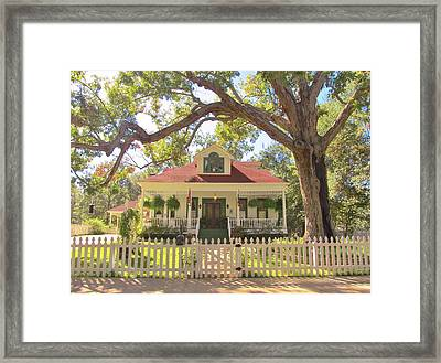White Oak Manor Jefferson Texas Framed Print by Donna Wilson