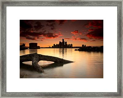Windsor And Detroit Sunset Framed Print by Cale Best