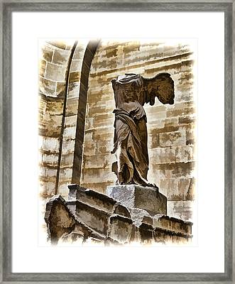 Winged Victory - Louvre Framed Print by Jon Berghoff