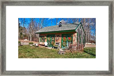 Winterberry Farm Stand Framed Print by Guy Whiteley