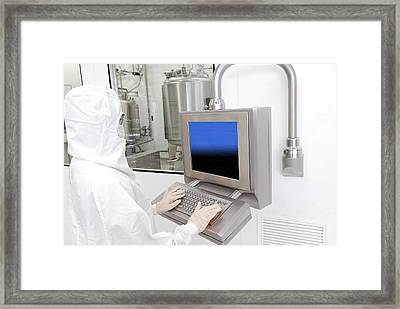 Worker In Clean Room Suit Framed Print by Photostock-israel