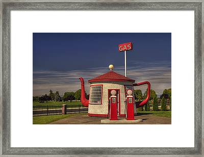 Zillah Teapot Dome Service Station Framed Print by Mark Kiver