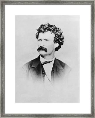 American Writer Mark Twain, Aka Samuel Framed Print by Everett