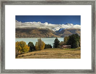 Barn Near Lake Pukaki And Ben Ohau Framed Print by Colin Monteath