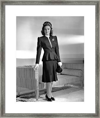Donna Reed, 1943 Framed Print by Everett