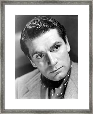 Laurence Olivier, 1940 Framed Print by Everett