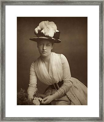 Lillie Langtry (1852-1929) Framed Print by Granger