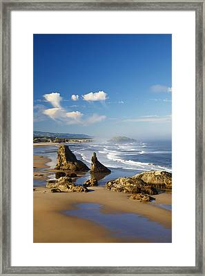 Morning Light Adds Beauty To Rock Framed Print by Craig Tuttle