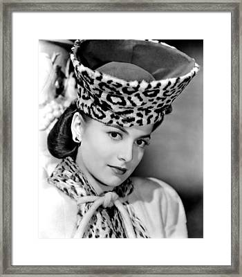 Olivia De Havilland, 1943 Framed Print by Everett