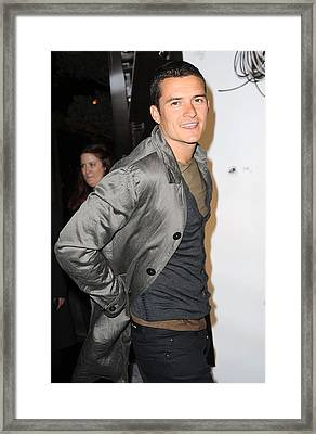 Orlando Bloom At Arrivals For Burberry Framed Print by Everett