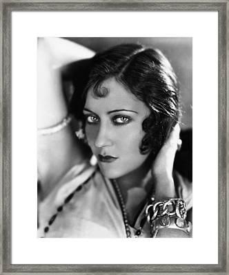 Sadie Thompson, Gloria Swanson, 1928 Framed Print by Everett