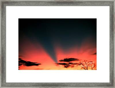 Shadow Bands Framed Print by Science Source