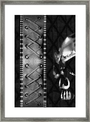 Solo Skull Framed Print by Roseanne Jones