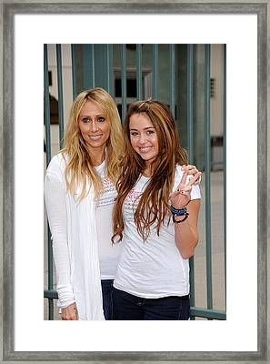 Tish Cyrus, Miley Cyrus In Attendance Framed Print by Everett