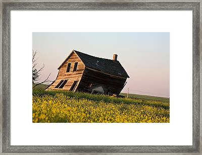 Weathered Old Farm House In Scenic Saskatchewan Framed Print by Mark Duffy