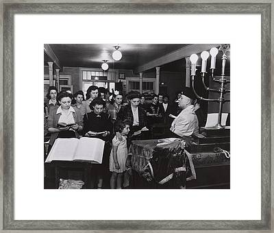 Wives And Families Of Jewish American Framed Print by Everett