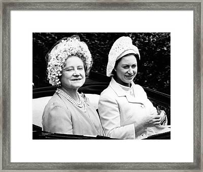 Queen Elizabeth The Queen Mother Framed Print by Everett