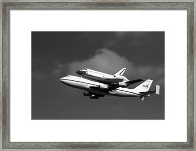 Shuttle Endeavour Framed Print by Jason Smith