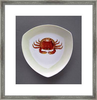 866 3 Part Of Crab Set 1 Framed Print by Wilma Manhardt