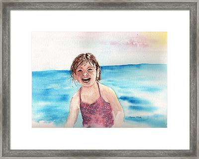 A Day At The Beach Makes Everyone Smile Framed Print by Sharon Mick