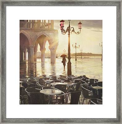 A Good Day Framed Print by Helen Parsley