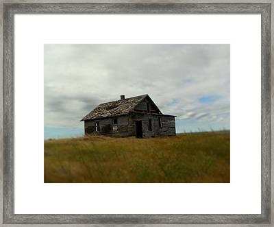 Abandoned Farm A Framed Print by Jonathan Lagace
