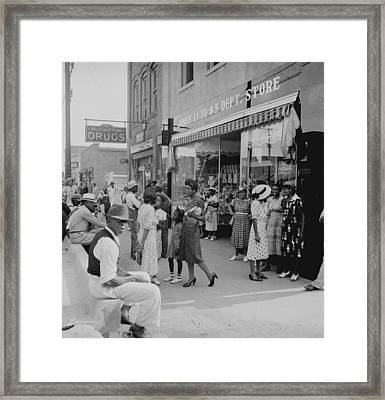 African Americans Shopping And Visiting Framed Print by Everett