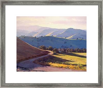 Afternoon Light Kanimbla Valley Framed Print by Graham Gercken