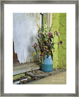 Aint Nobody Home Framed Print by Joe Jake Pratt