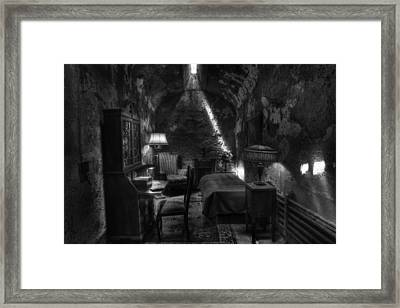 Al Capone's Cell IIi - Easton State - Scarface - The Syndicate - The Chicago Outfit   Framed Print by Lee Dos Santos